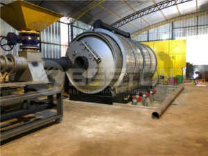 Tire Pyrolysis Machine in Paraguay